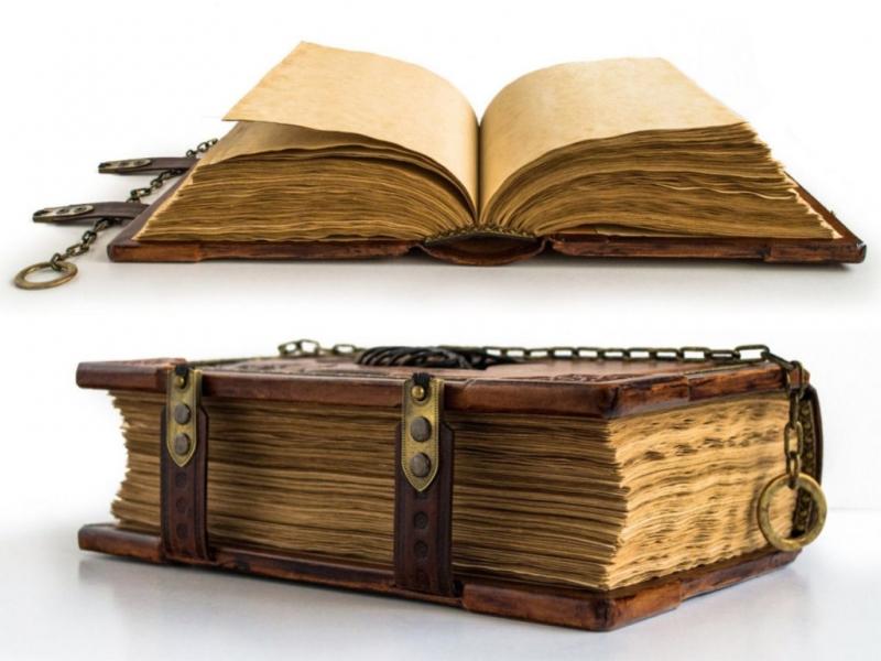 Photo of Чому книги спочатку виходять у твердій обкладинці і тільки через якийсь час у м'якій?