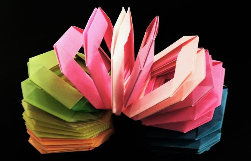 Photo of Правда, що аркуш паперу можна скласти тільки сім разів?